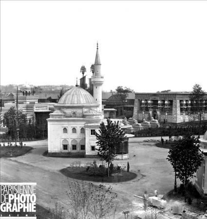 1867 Paris Sanayi Fuarında Türk Pavyonundaki Bursa Yeşil Caminin Kopyası Sultan Abdülaziz