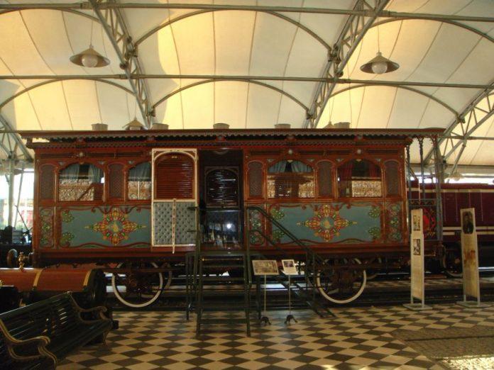 Paris Seyahatinde Kullanlan Saltanat Vagonu Rahmi Koç Müzesi Sultan Abdülaziz 1