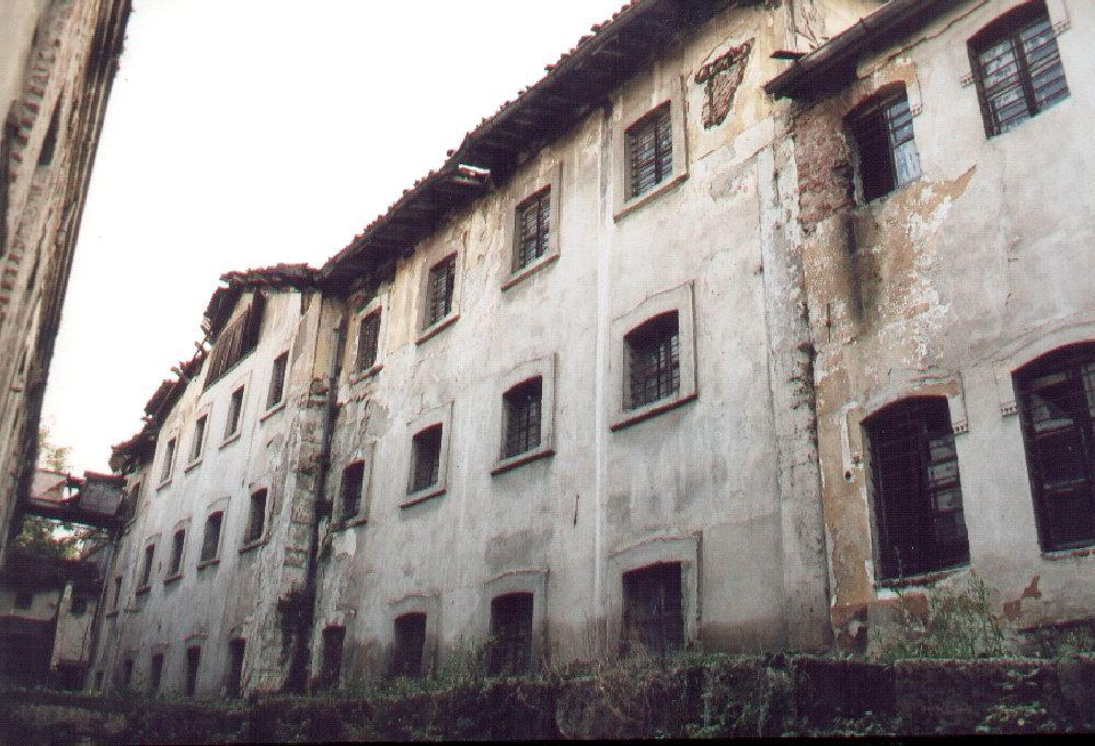 Bursa Fabrika I Hümayun Moda Okulu Oluyor. Eski Hali. Resterasyondan önceki. Bursa Belediyesi